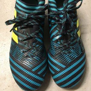 Adidas Nemeziz 17+ kids 4.5 cleats soccer/football